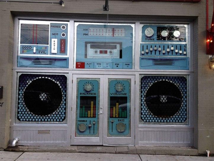 stereo-shop-entrance