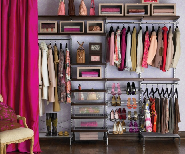 Chic-Open-Closet-with-Wired-Shelving-Ideas-for-Women-Closet-Wardrobe-Ideas-Design