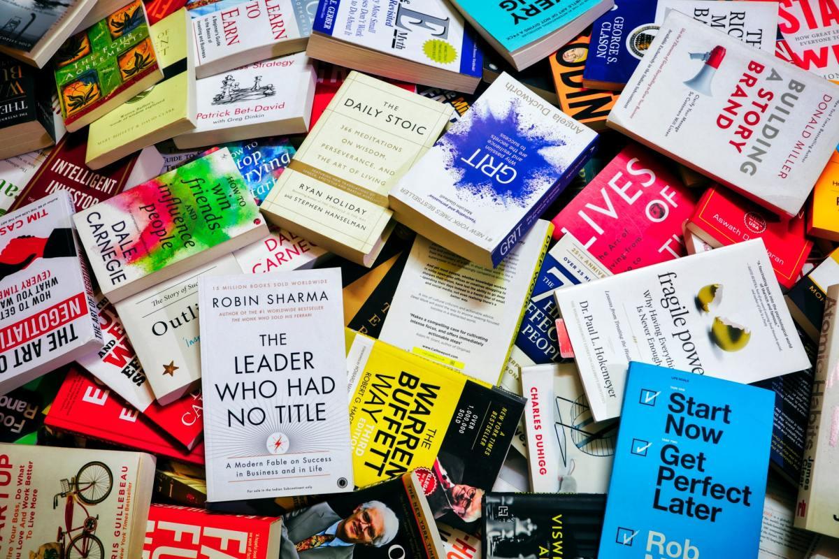 Βιβλία - ιδανικός χώρος μελέτης